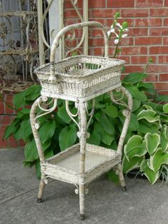 perfect spring time plant stand! Sunroom Furniture, Iron Furniture, Wicker Furniture, Furniture Styles, Unique Furniture, Shabby Chic Furniture, Garden Furniture, Old Wicker, White Wicker