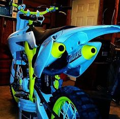 Blue and Green real cool Dirt Scooter, Dirt Bike Gear, Motorcycle Dirt Bike, Dirt Biking, Motorcycle Quotes, Yamaha Motocross, Hardtail Mountain Bike, Custom Sport Bikes, Enduro