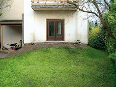 Eine Schön Bepflanzte Terrasse Lädt Zum Gemütlichen Verweilen Ein. Wir  Präsentieren Ihnen Zwei Gestaltungsideen Für