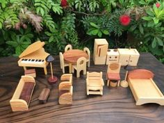 Wooden Dolls House Furniture, Dollhouse Furniture, Wooden Dollhouse, Outdoor Furniture Sets, Outdoor Decor, Baby First Birthday, House Made, Wood Toys, Doll Houses