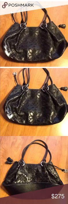 BRIGHTON BLACK FLOWER LEATHER HANDBAG, nwot Stunning handbag by Brighton! Brighton Bags Shoulder Bags
