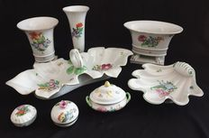 Catawiki online auction house: Herend - Porcelain lot (8) - Porcelain Leaf Shapes, Hungary, Auction, Porcelain, Chips, House, Porcelain Ceramics, Potato Chip, Home