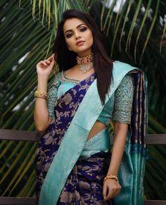 Wedding Saree Blouse Designs, Pattu Saree Blouse Designs, Fancy Blouse Designs, Saree Wedding, Wedding Wear, Wedding Blouses, Churidar Designs, Bridal Lehenga, Blue Silk Saree