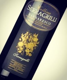 Een mooie Barbaresco van Serragrilli. Heerlijk bij rijpe kazen, truffel risotto of een lamsschotel