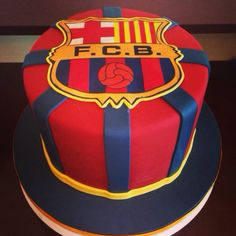 Barcelona cake-boyfriend would love Pastel Del Barcelona, Bolo Do Barcelona, Barcelona Party, Football Birthday Cake, Dad Birthday Cakes, Cake Logo, Cakes For Boys, Cute Cakes, Fondant Cakes