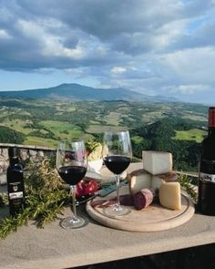 #JSTakeMeThere I love Brunello wine and Rosso di Montalcino. Italia is amazing and this picture just embodies the beauty of Tuscany and all its best parts- Pecorino, Olive Oil and Wine! On the south side of Montalcino, the 46-room hotel is close to Tuscany's famous vineyards. #Jetsetter