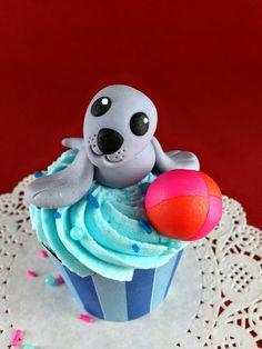 Bake Happy: Fondant Seal Tutorial#.Uokepm0aLIU