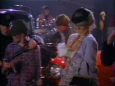 "THE CARS / SHAKE IT UP (1981) -- Check out the ""I ♥♥♥ the 80s!! (part 2)"" YouTube Playlist --> http://ow.ly/9ZFzh"