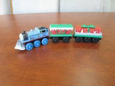 Winter Wonderland Thomas, Winter Caboose & Musical Gift SOUND Car Train Wooden