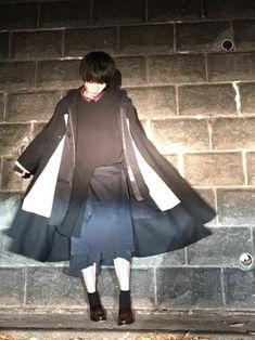 アリかナシか。 合うか合わないか。 好きか嫌いか。 全部やってみればいいんじゃないの。 どんな目され Goth, How To Wear, Style, Fashion, Gothic, Swag, Moda, Fashion Styles, Goth Subculture