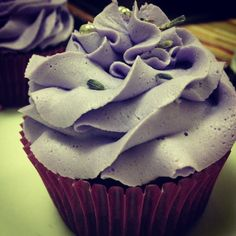 Earl Grey Chocolate Cupcakes with Lavender Buttercream  Pinning for the lavender buttercream