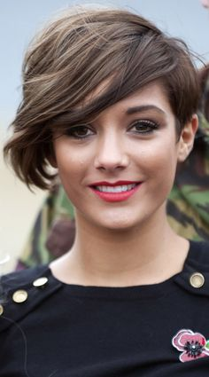 Frankie Sandford Teams Her Heavy Fringe Hairstyle With Statement Red Lipstick, 2010