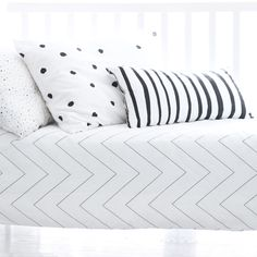Zigzag line comes in pure cotton and in all sizes, including double, and looks oh so charming combined with ladybird and zebra pillow.