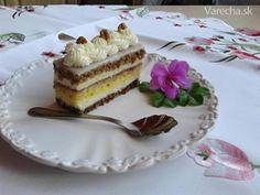 Orechovo-citrónové Rezy (fotorecept) - recept z varecha.pravda.sk Tiramisu, Cake Recipes, Cheesecake, Pudding, Ethnic Recipes, Food, Anna, Cakes, Hampers