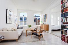 FINN – St. Hanshaugen - Pen og lys 3-roms med klassiske detaljer og flott beliggenhet. Velholdt bygård og lave fellesutgifter!