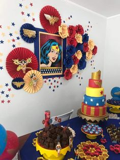 ideas birthday woman party for 2019 Wonder Woman Birthday, Wonder Woman Party, Birthday Woman, Anniversaire Wonder Woman, Girl Superhero Party, Super Heroine, Bday Girl, Partys, Ladies Party