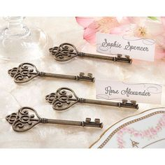 Kate Aspen Key To My Heart Victorian Style Key Place Card Holder (Set of 6)