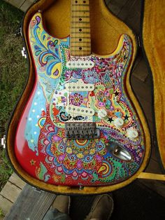 Vintage Guitars, Are proud of in making artists with legitimate instruments. They have a vintagelook by using a overall performance of the extremely advanced types. Guitar Painting, Guitar Art, Music Guitar, Cool Guitar, Playing Guitar, Prs Guitar, Unique Guitars, Custom Guitars, Vintage Guitars