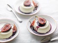 @florence.knight: My fig panna cotta as seen in Sunday Times Food. Styled by @seikohatfield, photographed by @jonathongregsonphotography, prop styling @tamsinweston, art direction @agentortiz. #FlorenceKnight #FigPannaCotta #AutumnPudding