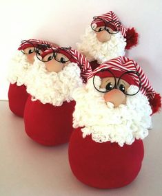 Diy Crafts - Santa Claus door stop Christmas door stop Santa Claus cloth Christmas Craft Projects, Easy Christmas Crafts, Christmas Sewing, Christmas Door, Diy Christmas Ornaments, Handmade Christmas, Felt Christmas, Easy Homemade Christmas Gifts, Homemade Christmas Decorations