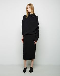 tubular aspirations from La Garçonne All Black Fashion, Punk Fashion, Fashion Looks, Womens Fashion, Ribbed Knit Dress, Wool Dress, Rib Knit, Woman With Smallest Waist, All Black Everything