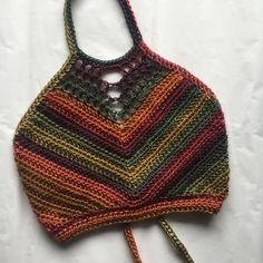 Rainbow High tide halter <><>The Details<><> Crochet Halter Tops, Crochet Crop Top, Crochet Bikini, Crochet Tunic, Motif Bikini, Mode Crochet, Festival Tops, Hippie Outfits, Crochet Clothes
