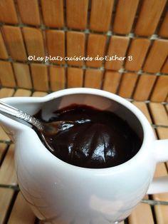 Les plats cuisinés de Esther B: Sauce chocolatée au miel et guimauve