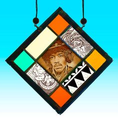 Jimi Hendrix, small kilnfired stained glass suncatcher. For sale at the Etsy shop of Stained Glass Elements. Jimi Hendrix, Jimi Hendrix gebrandschilderd glas,Jimi Hendrix glas in lood, brandschilderen, Jimi Hendrix portret, Jimi Hendrix raamhanger