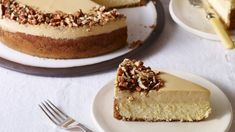 Caramel AND cheesecake. This divine dulce de leche cheesecake from Pati Jinich is a mighty fine way to discover this Food Network star (here's more about Pati's Mexican Table). Mexican Food Recipes, Dessert Recipes, Mexican Cooking, Mexican Desserts, Mexican Dishes, Patis Mexican Table, Comida Latina, Cheesecake Recipes, Gourmet