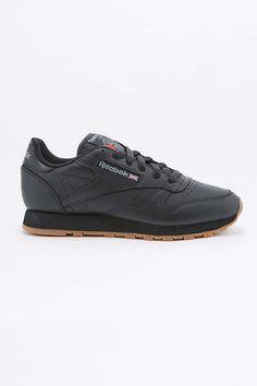 Reebok Classic Black Leather Gumsole Trainers 8851dbfca