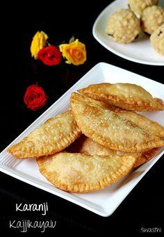 Karanji recipe video – Karanji, Kajjikayalu, Karjikai, Nevri are the other names to these sweet stuffed deep fried snacks. These are made during festivals most commonly during Diwali and Sankranti or pongal. Ingredients like coconut, sugar/ jaggery, semolina, poppy seeds, fried gram, cashews etc are used for stuffing karanji. Another similar sweet snack made on …