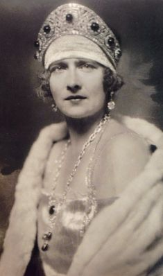 Queen Marie of Serbia. Wearing an emerald and Diamond kokoshnik once belonging to Grand Duchess Elizabeth of Russia, the sister of the ill fated Tsarina.