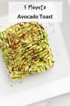 5 Minute Avocado Toast - Living Well With Nic Simple Avocado Toast, Avacado Toast, Avocado Spread, Best Avocado Toast Recipe, Avocado Toast Healthy, Avocado Dessert, Avocado Recipes, Vegan Recipes, Cooking Recipes