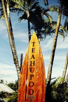 Teahupoʻo, Tahiti, French Polynesia