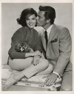 1960  Natalie Wood & Robert Wagner in All The Young Cannibals--decaying hollywood mansion's