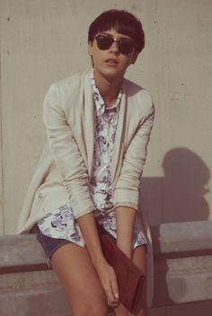 Spring neutrals + Ray Ban shades