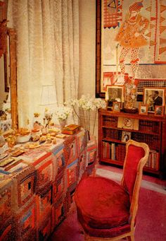 Gloria Vanderbilt, HOUSE & GARDEN December 1969-i'm usually drawn to cool colors but for some reason love this vibrancy