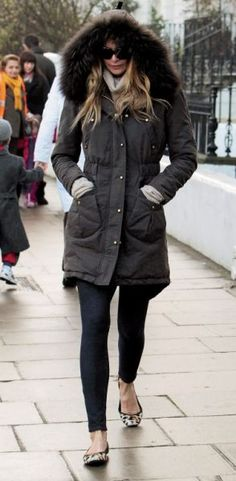 Elle Macpherson : what if it's cold outside ?!!!