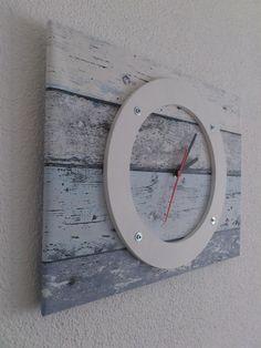 Die Wanduhr Im Blauen Rustic Wood Lock Ist Eine Feste Vliestapete Auf Einer  Holzplatte