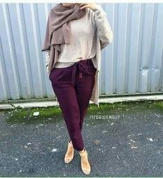 Casual and sporty hijab style – Just Trendy Girls - Just trendy girls - Styles Cool Casual Hijab Outfit, Outfits Casual, Hijab Chic, Modest Outfits, Women's Casual, Islamic Fashion, Muslim Fashion, Modest Fashion, Teen Fashion
