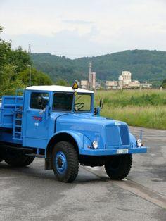 Tatra 111' 141' 147 | Staré náklaďáky Vintage Trucks, Czech Republic, Industrial Design, Monster Trucks, Cars, Vehicles, Vans, Trucks, Industrial By Design