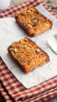 BEST!! Always Hungry: Eggless Carrot and Walnut Cake