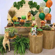first birthday decoration ideas Boys 1st Birthday Party Ideas, Jungle Theme Birthday, Safari Theme Party, Wild One Birthday Party, First Birthday Decorations, 1st Boy Birthday, Lion Party, Lion King Party, Lion King Birthday