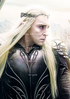 Thranduil. Nice angle of the pattern on the armour.