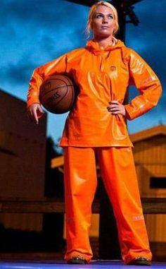 The perfect sport rainsuit Girls Wear, Women Wear, Shiny Happy People, Pvc Raincoat, Rain Gear, Orange, Yellow, Overall, Basketball Players