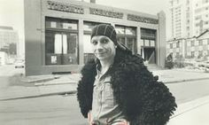 Lindsay Kemp poses in front of Toronto Workshop Productions in 1978