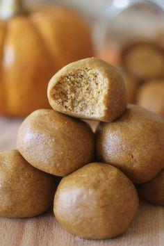 No Bake Pumpkin Pie Protein Bites