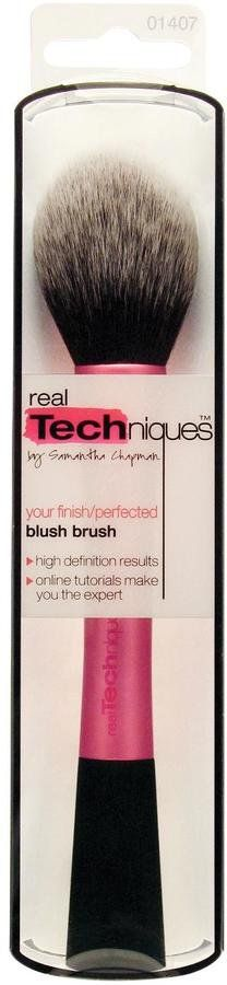 Pin for Later: 70 Fab Beauty Stocking Fillers For £10 and Under Real Techniques Blush Brush Real Techniques Blush Brush (£10)