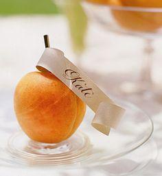 A {Kiss} of Color- Fruitful Weddings