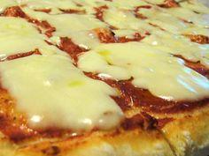 VI piacerebbe riuscire a fare la pizza in casa non solo buona ma anche leggerissima e ad alta digeribilità? Seguire la ricetta e scoprite tutti i trucchi